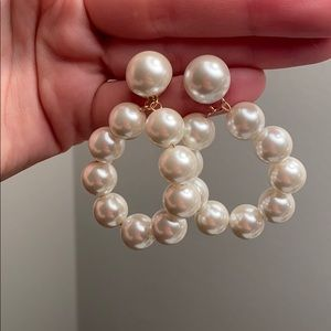 Zara Pearl Dangle Earring